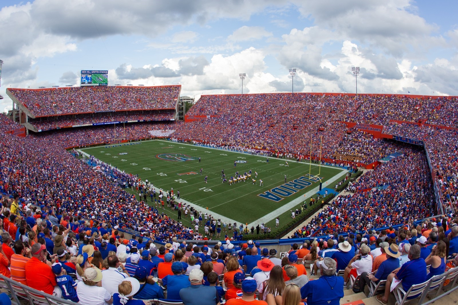 Florida Gators See a 76% Decrease in Texts Reported During their Busiest Game
